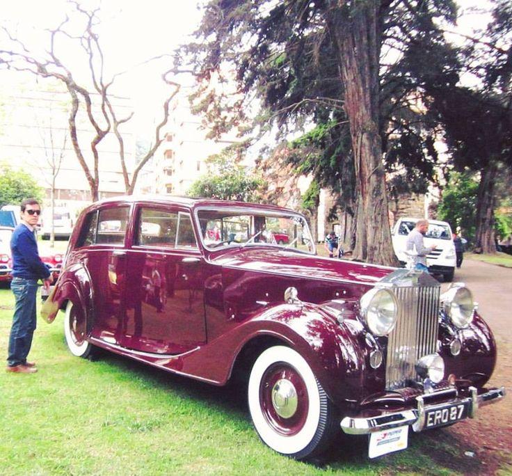Maroon 1949 Rolls Royce Silver Wraith.