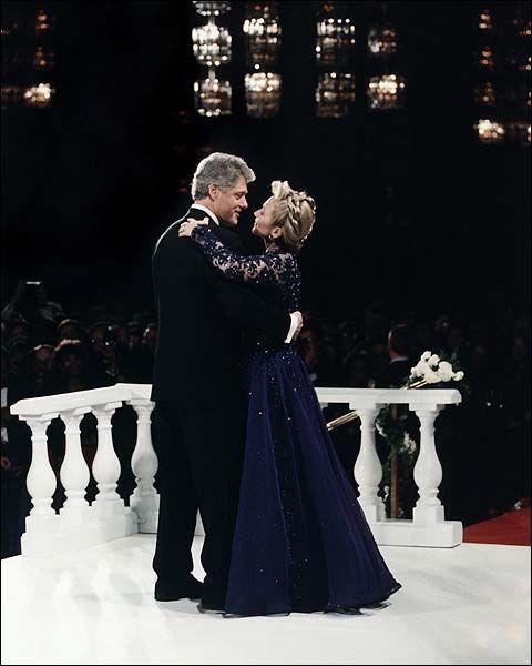President Bill Clinton & Hillary Dancing Photo Print for Sale