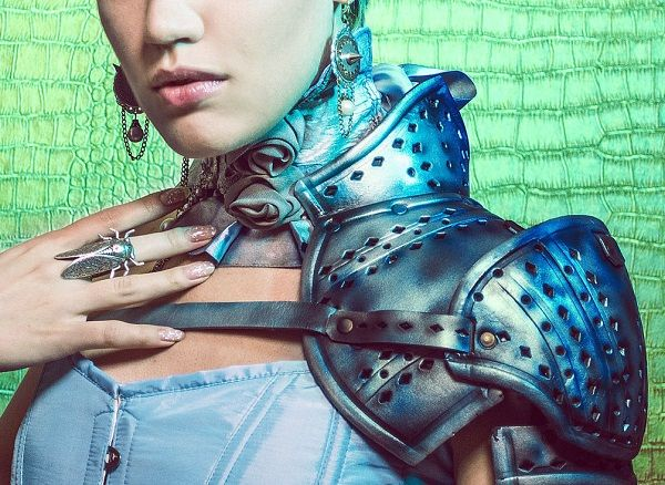 This Is How You Pair Shoulder Armor With a Dainty Corset