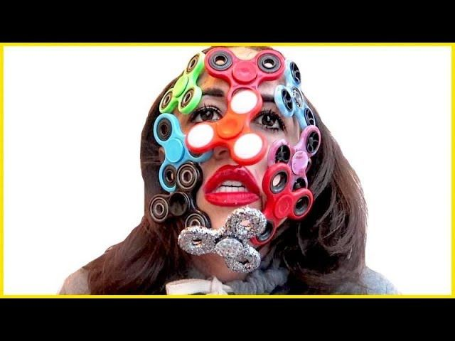 Full Face Of Fidget Spinners - Miranda Sings #FidgetSpinner, #FidgetToys, #FunnyVideos, #GreenCarpet, #MirandaSings, #MonkeyPickles