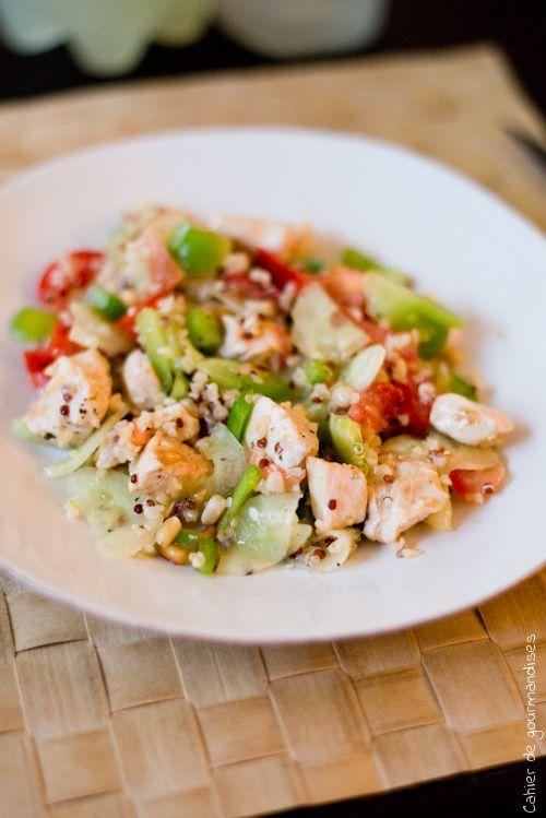 Salade de crudités au poulet et quinoa, pour égayer l'assiette !