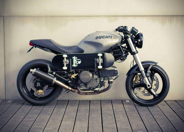 Sobre, élégante, la Ducat 620 !! Idéale pour une première expérience.