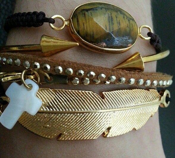 Pulseras en dorado #pulsera #bisuteria #moda