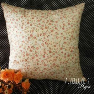 Flower 01 cushion cover / sarung bantal sofa shabby chic (cover only)