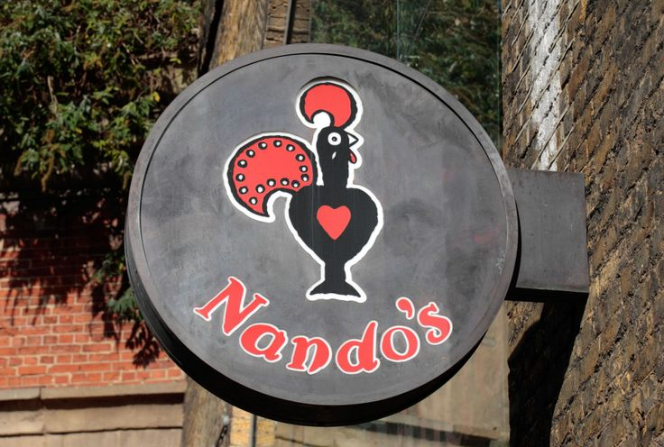 Nandos forced to turn away customers and close because they had run out of CHICKEN