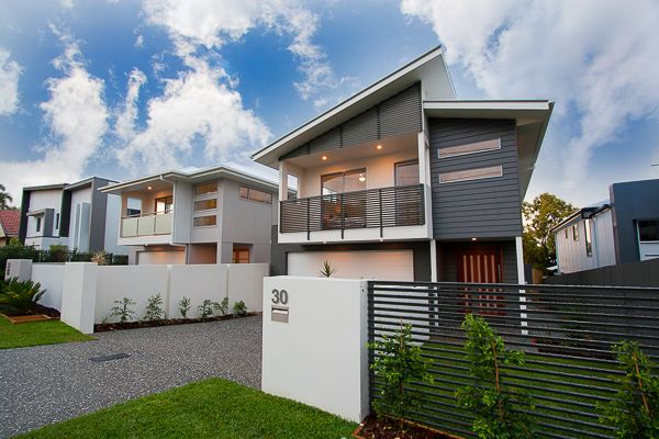 30 Aster St Cannon Hill QLD