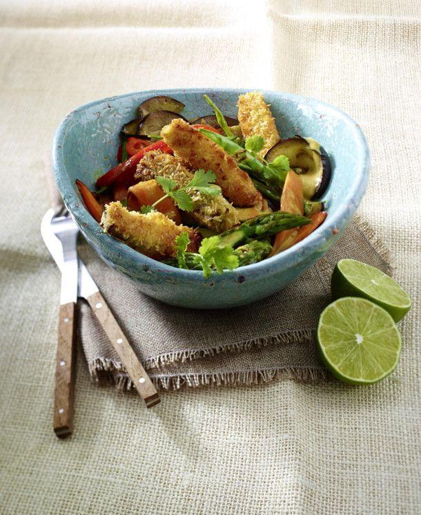 Unser beliebtes Rezept für Gelbes Gemüsecurry mit Kokos-Tofu-Sticks und mehr als 55.000 weitere kostenlose Rezepte auf LECKER.de.
