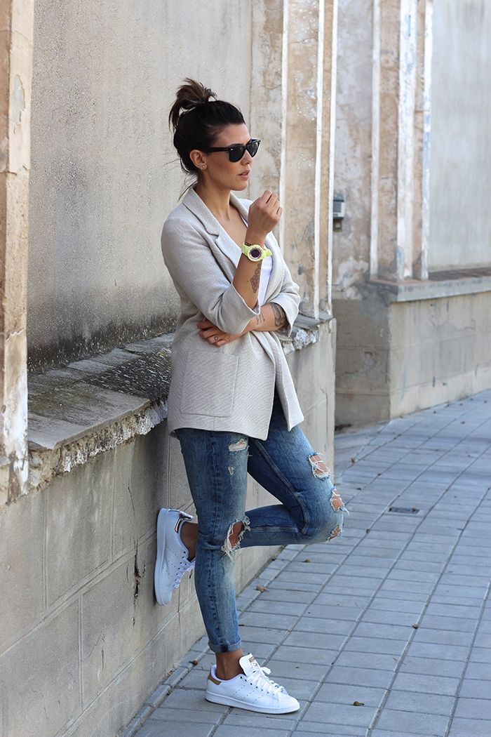 Great outfit with stan smith, black sunglasses, pair of ripped jeans, my …