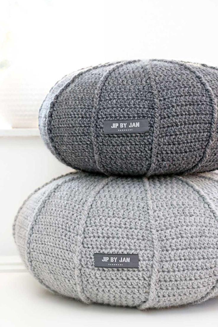 Grey chunky knit ottoman