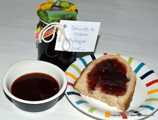 Strawberry jam with Feteasca Neagra (red wine) and spices