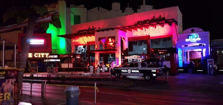 """Dos muertos deja un ataque al centro nocturno """"Mandala"""" en Cancún - http://www.notimundo.com.mx/estados/ataque-al-centro-nocturno-mandala-cancun/"""