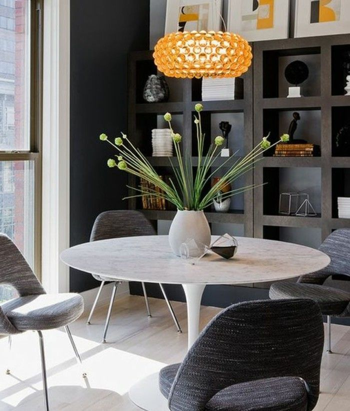 17 best ideas about table ronde blanche on pinterest - Table salle a manger chaises ...