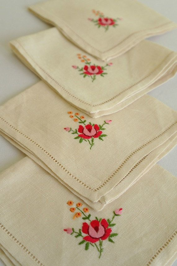 Vintage Linen Napkins Embroidered Roses x by alltheseprettythings