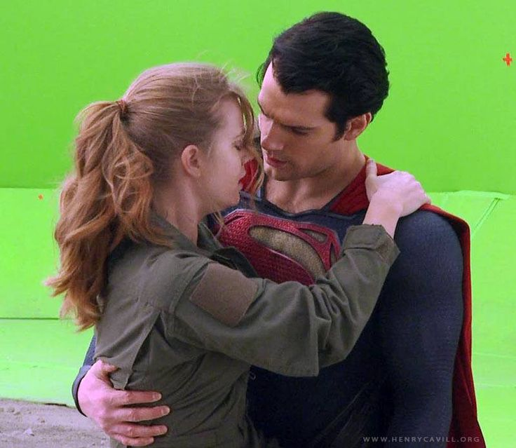 Superman actor dating young girl