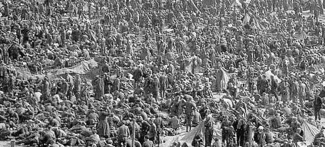 Sterben Warten auf das Ende. Den Zuständen entsprechend kommt es bald nach Einrichtung der Rheinwiesenlager zum Massensterben.