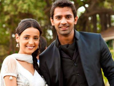Sanaya Irani and Barun Sobti, the most adorable on-screen couple!