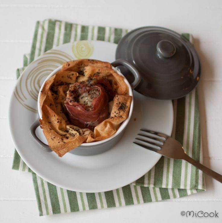 Recept voor een heerlijk voorgerecht of bijgerecht: geitenkaas met parmaham in filodeeg en wat Italiaanse kruiden