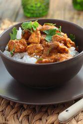 Poulet au curry et � la tomate