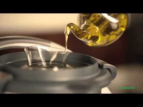 Thermomix TM5 - EMULSIFYING (EN) - YouTube
