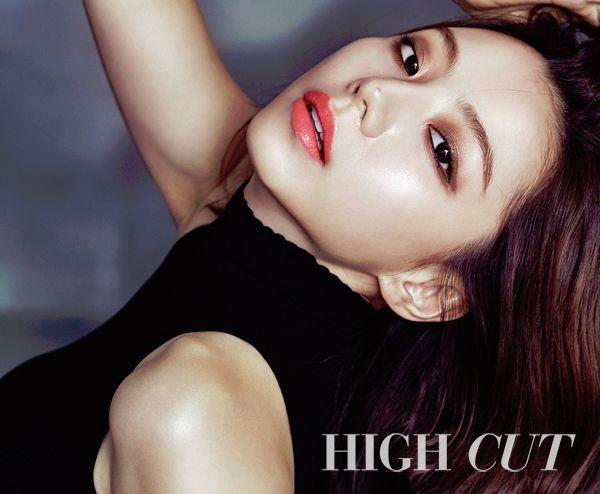 Park Soo Jin Has A Gorgeous Glow In High Cut http://www.kpopstarz.com/articles/250609/20151023/park-soo-jin.htm