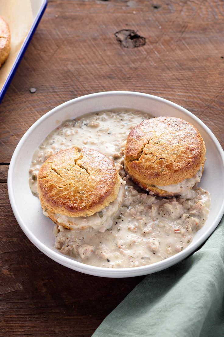 Paleo eaters, rise and shine to the best comfort meal ever—biscuits and gravy!