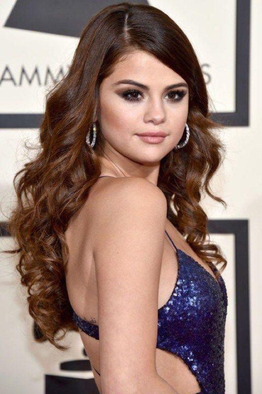 ClioMakeUp-Grammys-Red-Carpet-star-capelli-Makeup-trucco-2016-Selena-Gomez-look
