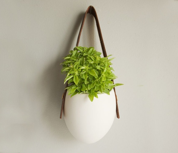porcelain + leather planterIn Style, Wall Hangings, Small Brown, Brown Leather, Herbs Gardens, Porcelain Hanging, Hanging Planters, Leather Planters, Hanging Pots