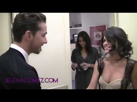 My celebrity twin and her actor crush:) SOOOO cute and real!  Yay Selena Gomez and Shia!