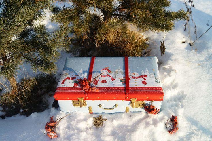 старый чемодан, хранение ёлочных игрушек, подарок на новый год