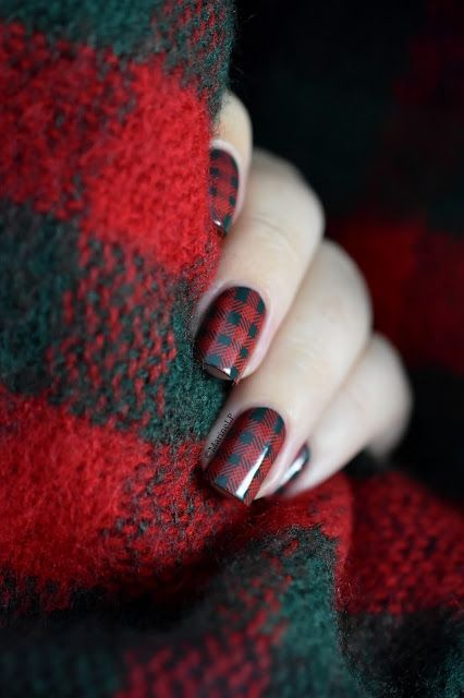 It's time for Tartan nails! Dark green is Kiko 347 then stamped with the Born Pretty Store L010* (#30341) plate and the Bundle Monster Fireside* stamping polish from the Essentials: Primary* collection| Marine Loves Polish