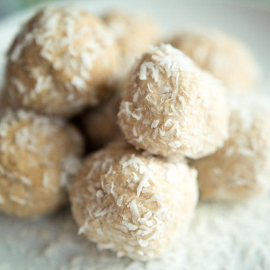 Almond butter, Protein ball and Paleo protein balls on Pinterest