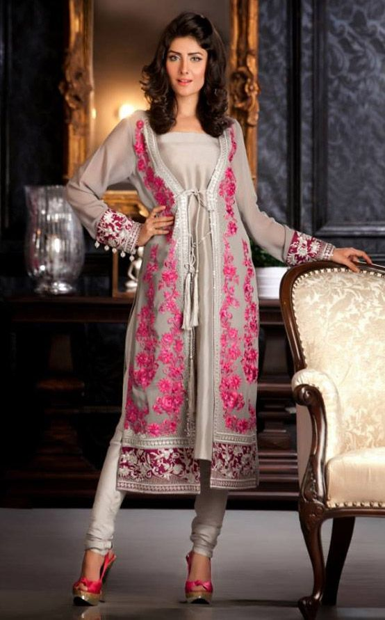 Dresses Of Evening Or Night Wear Functions Are Stylish And Modern