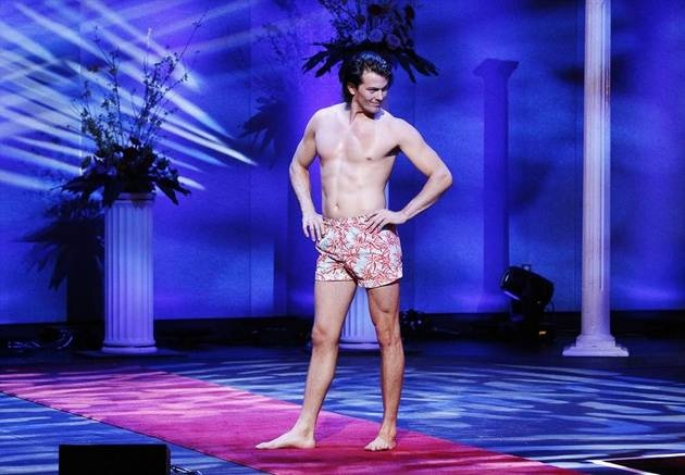 Brooks Forester Strikes a Swimsuit Pose in The Bachelorette Season 9, Episode 4