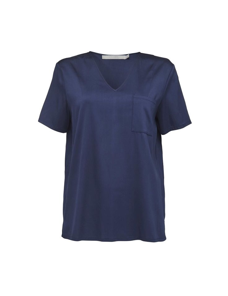 Greiff top - Women's t-shirt in woven viscose. Features deep v-neckline and patch pocket at left side of chest. Regular fit. Hip length.