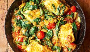 Salmon and Spinach Curry - The Happy Foodie