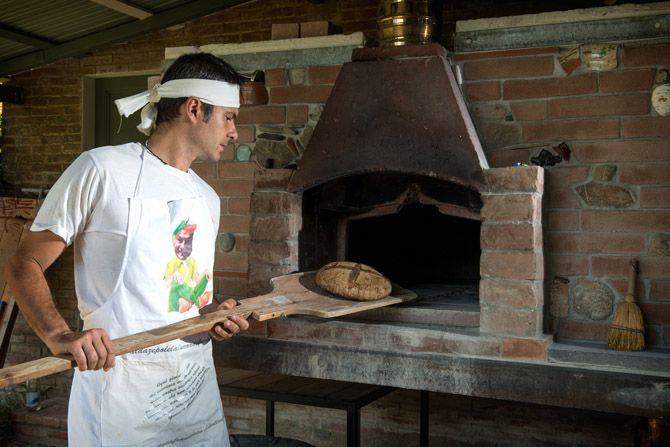 Bread making lesson, sour dough bread baking, Fattoria Barbialla Nuova
