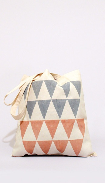 toteColors Theory, Totes Canvas, Bags Stuff, Totes 12, Totes Bags, Beige Totes, Color Theory, Ally Awesome, Diy Totes