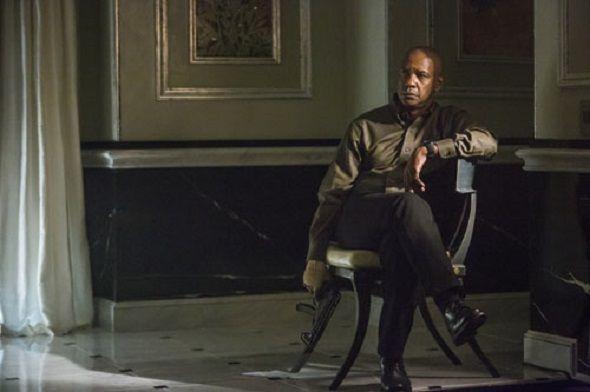 'El protector: The Equalizer' llegará a los cines el 26 de septiembre de 2014. Ya tenemos la PRIMERA FOTO y la sinopsis oficial. La película es una adaptación de una serie emitida por CBS, desde el año 1985. Antoine Fuqua ('El tirador') es el encargado de la dirección del largometraje, contando con un reparto encabezado por Denzel Washington además de Chloe Moretz, Marton Csokas, Melissa Leo y Haley Bennett.