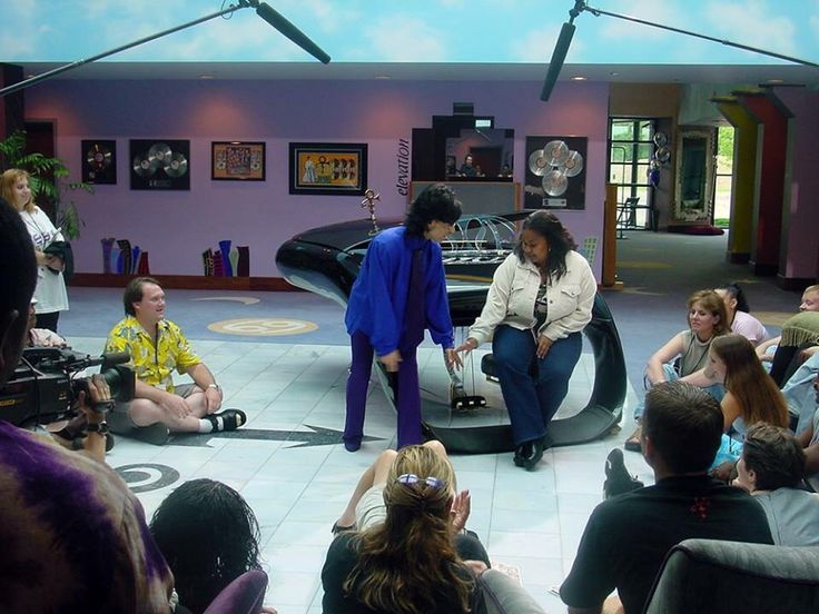 Prince with with chatting fans at Paisley Park