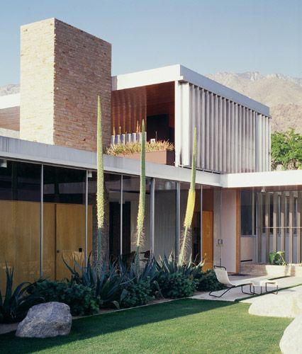 AD Classics: Kaufmann House / Richard Neutra