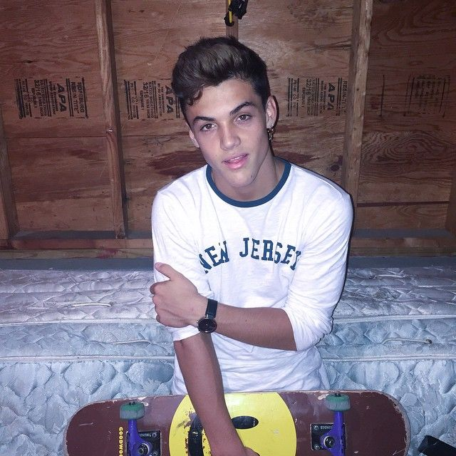 ethan guys Read chapter thirty six from the story guys my age ∘ ethan dolan by puveblood (e r i c k a) with 2,374 reads dolantwins, ethandolan, graysondolan ethan.