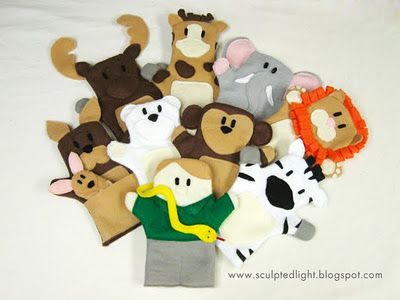 Felt Zoo Animal Puppets tutorial and free patterns