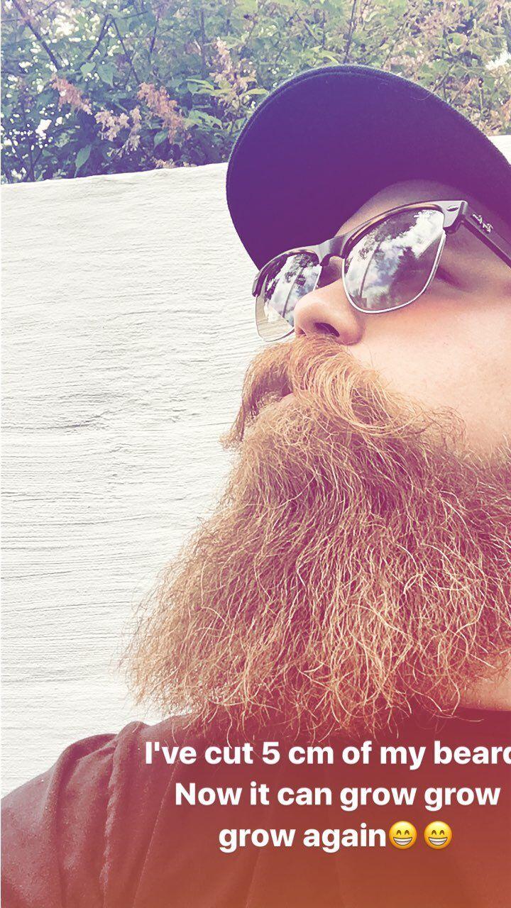 Sunny day! @mortys_way #bearded#beard#rayban