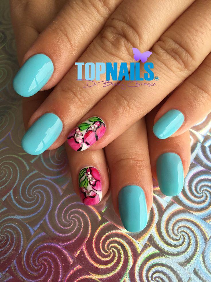 Uñas Acrílicas con esmalte tradicional y decorado Floral (Acrylic Nails with traditional enamel and designs flowery)  Hazte Fans o Me Gusta  en https://www.facebook.com/topnails.cl   www.topnails.cl ☎94243426, saludos Beatriz