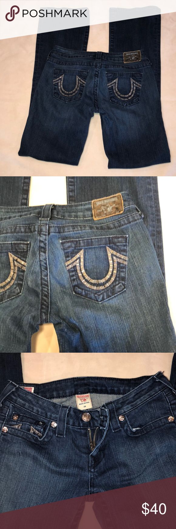 "TRUE RELIGION women Jeans size 28 TRUE RELIGION WOMEN JEANS Size 28  ⚡️Boot cut  ⚡️Metal decoration on logos  ⚡️94% Cotton 5%polyester 1%spandex  🔹measurements laying flat approximately  ⚡️Waist 14"" ⚡️rise7.5"" ⚡️hips 19"" ⚡️Inseam 33"" 🔹Excelente condition. No stain no rips True Religion Jeans Boot Cut"