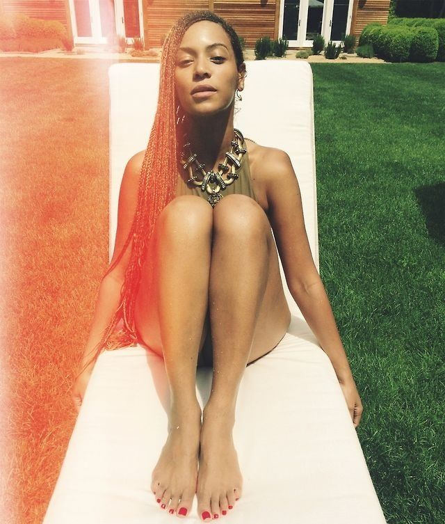 from Kase beyonce naked spread leg