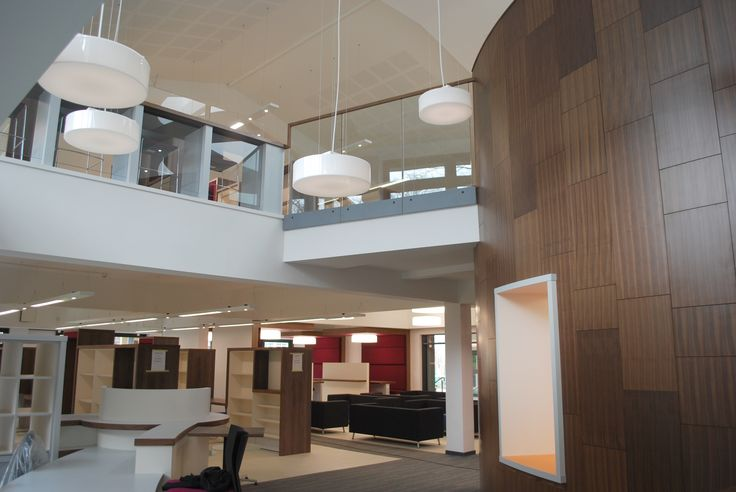 Bradford Grammar School - Clarkson Library : Junior Library drum and first floor study spaces