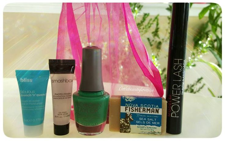 Unboxing: Topbox, February 2016  Here are the goodies I got from Topbox.   What did you get? let me know at littlebeautyloves.ca