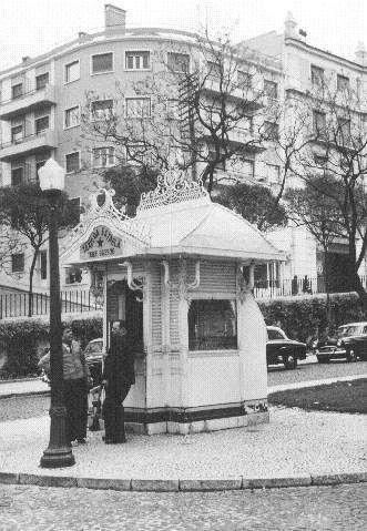 Quiosques antigos de Lisboa - SkyscraperCity  quiosque do jardim da estrela