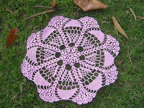 Como hacer tapete o centro de mesa a crochet tutorial - YouTube